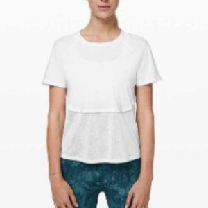 Lululemon Short Sleeve Tee White sz 6
